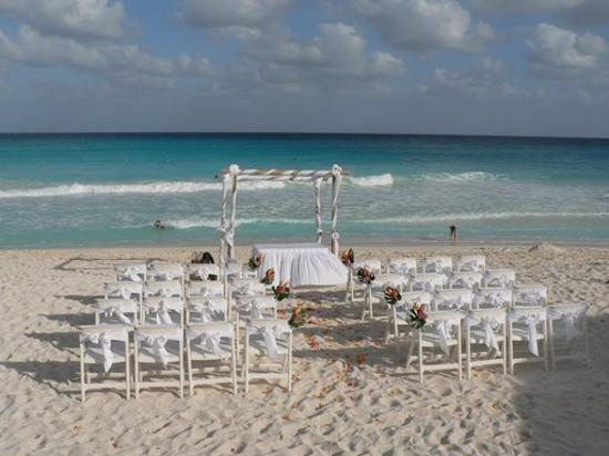 Beach Weddings in North Carolina
